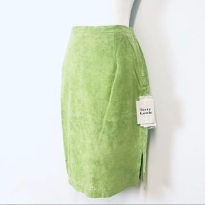 🎁🛑3/$25 NWT Terry Lewis Leather Luxury Skirt